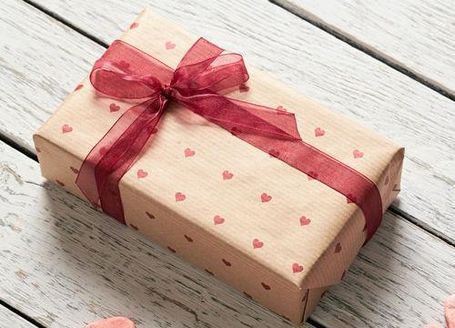 Bon cadeau prestation aide à domicile mariage aix trets saint maximin essentiel services